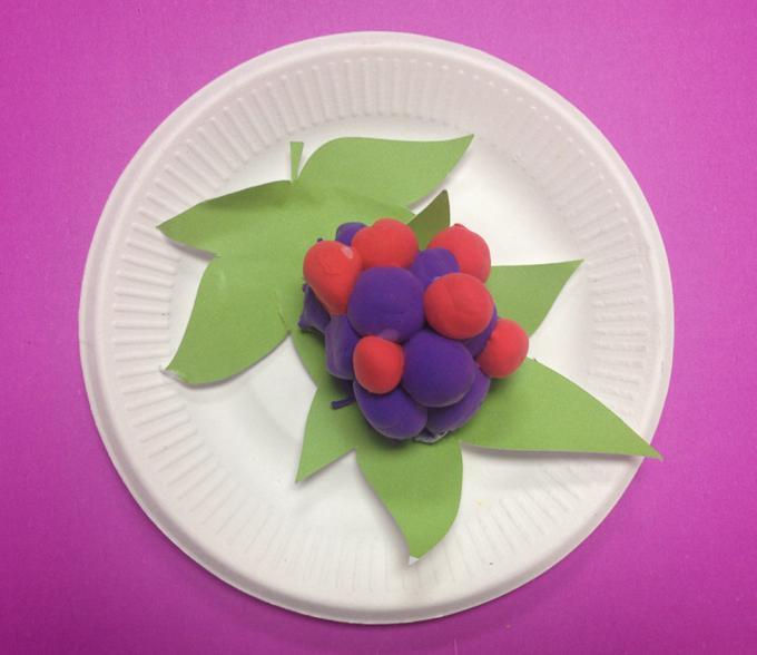 儿童手工葡萄制作讲解过程